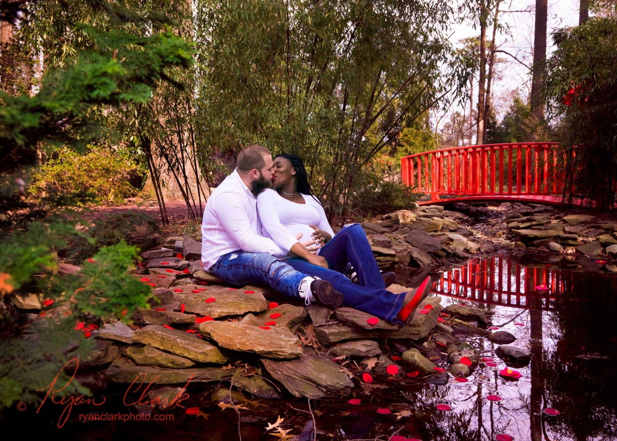 Cody and Ebonee\'s Valentine\'s themed maternity shoot at Red Wing ...
